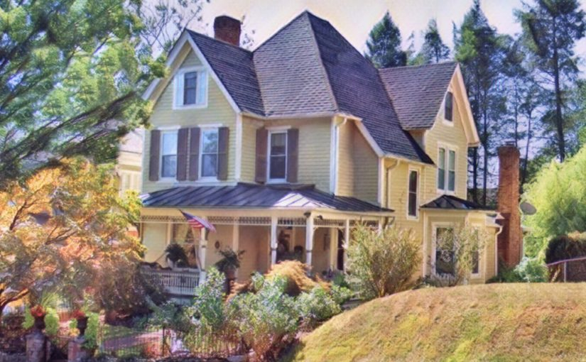 Holiday House Tour: The 19th Century
